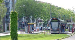 Anfahrt mit der Straßenbahn Linie 1